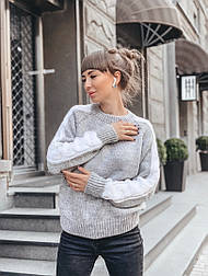 Женский мягкий теплый шерстяной свитер с узором косы на рукавах (в расцветках)