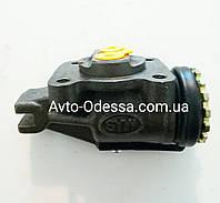 Цилиндр тормозной передний FAW 1031, 1041