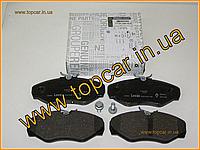 Гальмівні колодки передні на Renault Trafic II 1.9-2.5 Dci 01 - Renault 7701050914