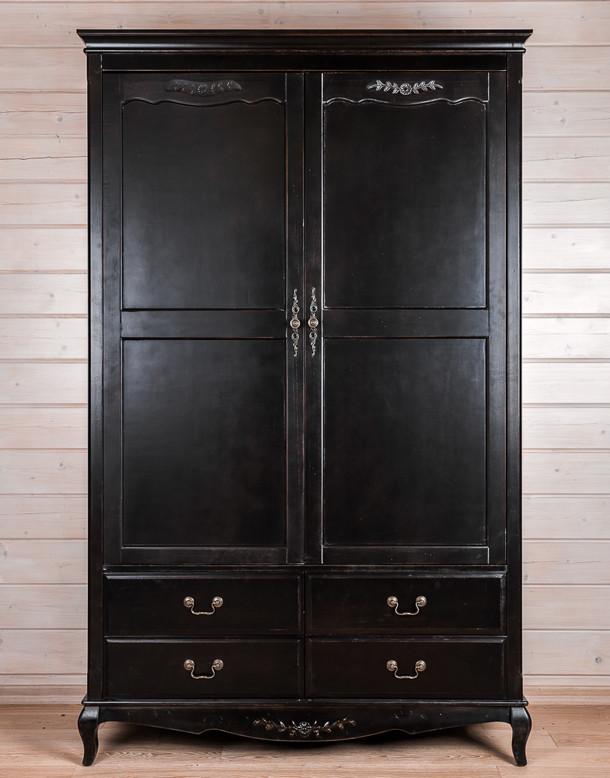 """Шкаф из массива дерева """"Блек"""""""