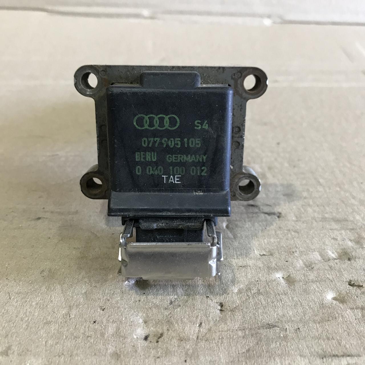 077905105 Катушка зажигання на Audi A6 / A8 4.2 BERU