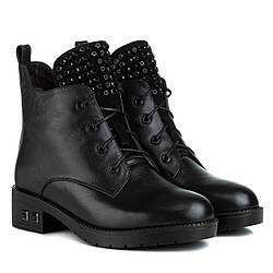 Ботинки женские LADY MARCIA (кожаные, черного цвета, с оригинальным декором)