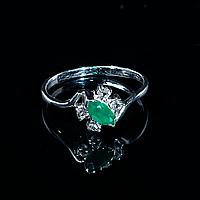 Серебряное кольцо с зеленым агатом, 7*3,5 мм., 1283КА