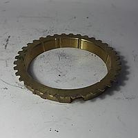 Кольцо синхронизатора 3-й, 4-й, 5-й передачи Dong Feng 1032 (3.7)