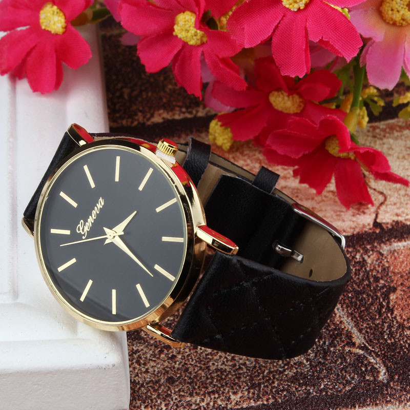Женские часы Geneva Charm