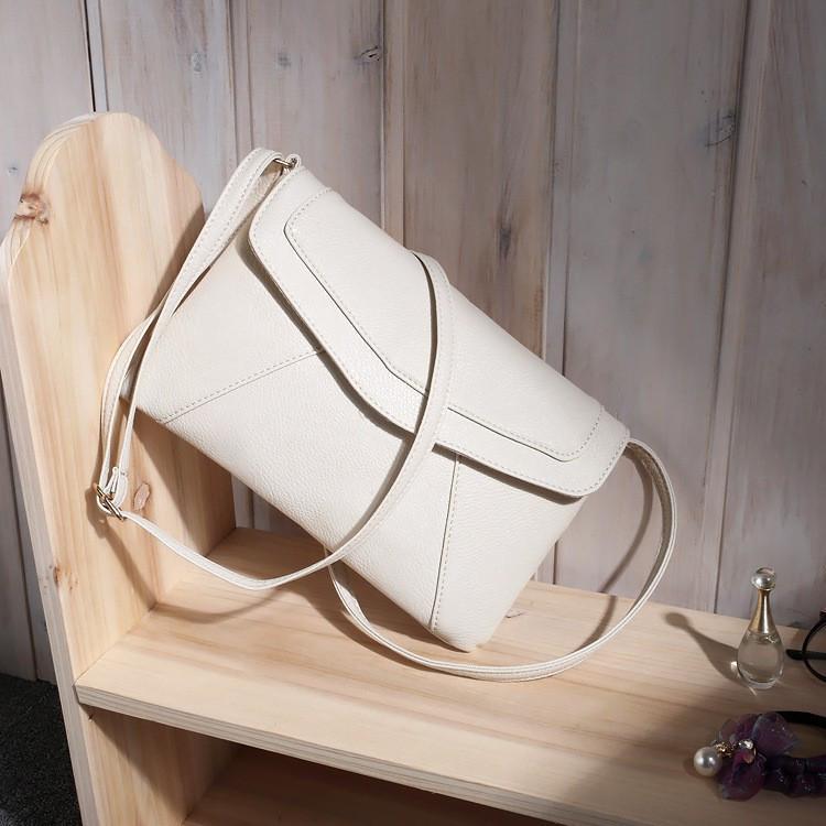 Женская сумка клатч конверт белого цвета
