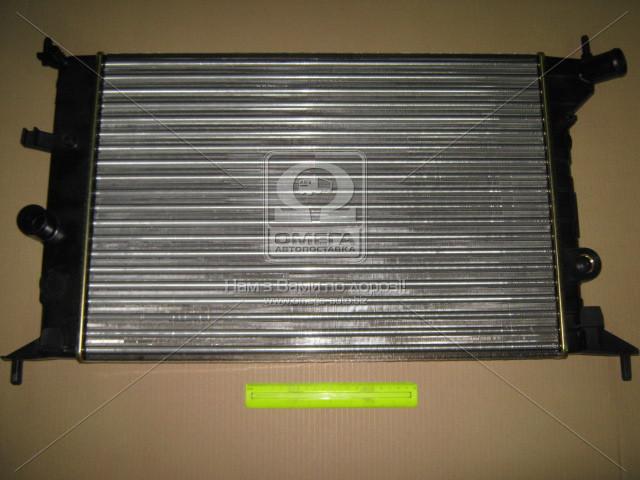 Радиатор охлаждения OPEL VECTRA B (95-) 1.6/2.0 (пр-во Nissens). 630681
