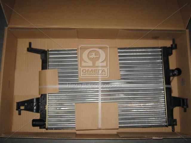 Радиатор охлаждения OPEL CORSA C (00-)/ COMBO (00-) (пр-во Nissens). 63008