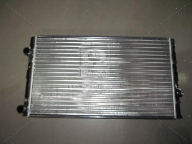 Радиатор охлаждения двигателя GOLF 3/VENTO D/TD 91-98 (Van Wezel). 58002104