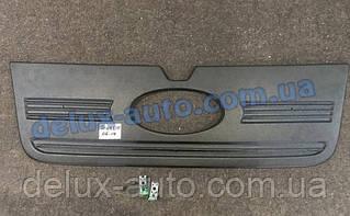 Зимняя накладка на решетку глянец (2006-2014) на Ford Transit 2000-2014 гг.