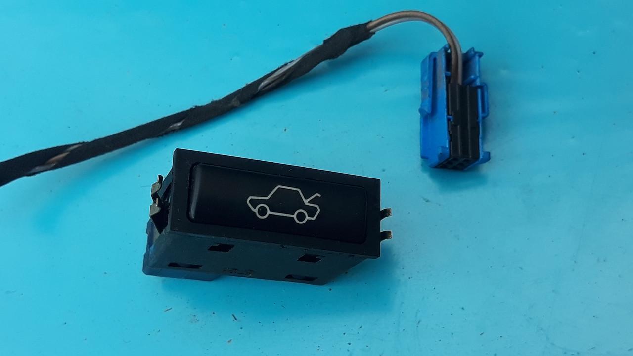Кнопка открывания багажника бмв е46 е38 е39 е53 BMW E46 E38 E39 E53 61318365579