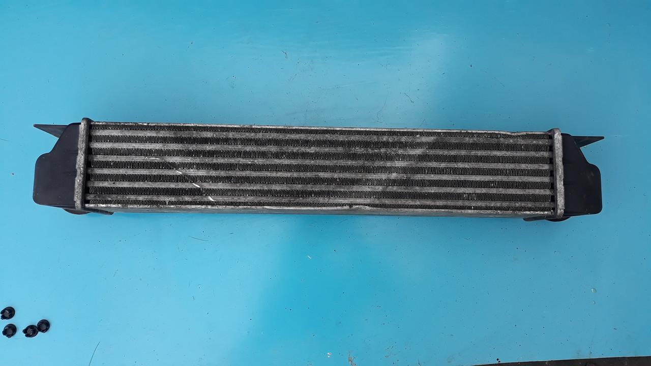 Радиатор интеркулера  бмв е38 е39 м57 м47 BMW E38 E39 M57 M47 17512247359