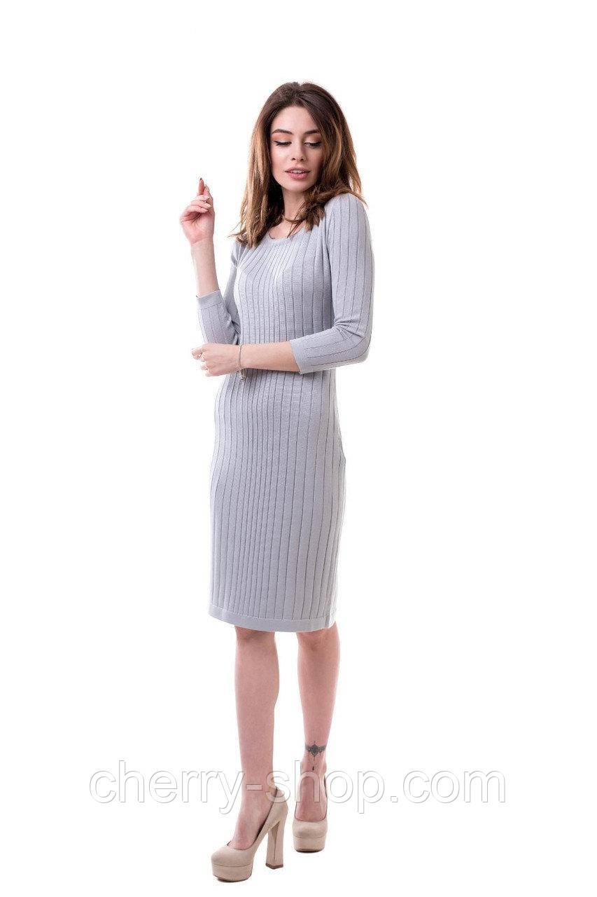 Вязаное платье в размере 42-44