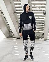 Мужской спортивный костюм черного цвета с капюшоном