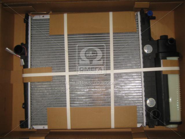 Радиатор охлаждения двигателя BMW 320/5/8/Z3 E36 AT 91- (Van Wezel). 06002125