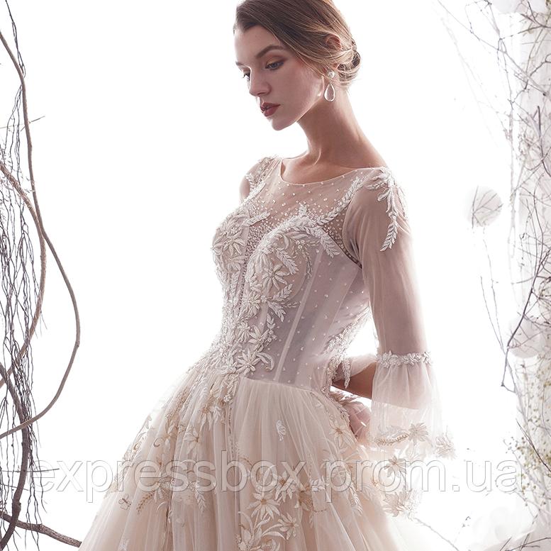 Свадебное платье расшито с рукавами, нежное. Весільна сукня пишна. Свадебное платье А силуэт пышное