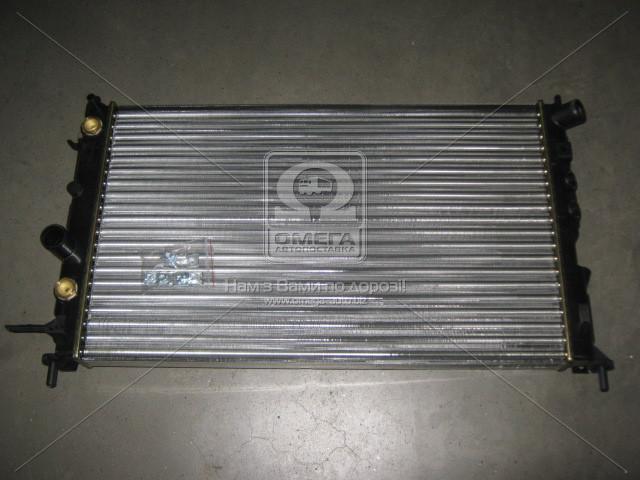 Радиатор охлаждения OPEL VECTRA B (95-) 1.4-2,2 АТ (пр-во Nissens). 630771