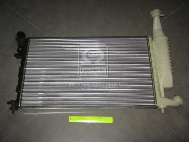 Радиатор охлаждения CITROEN,PEUGEOT (пр-во Nissens). 63716