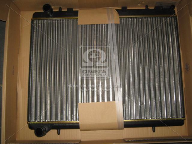 Радиатор охлаждения CITROEN, PEUGEOT (пр-во Nissens). 63601