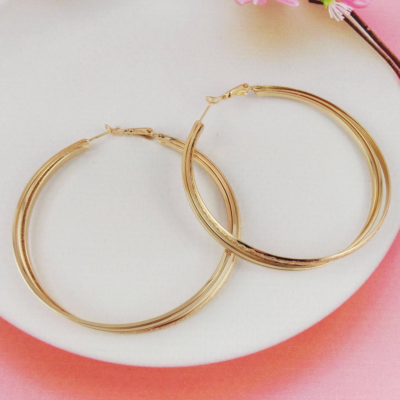 Серьги кольца Xuping Jewelry d 5,1 см шагрень с рисунком медицинское золото, позолота 18К. А/В 4418