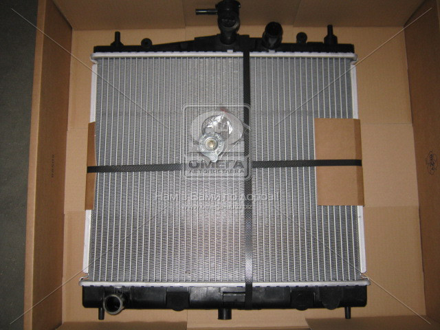 Радиатор охлаждения RENAULT CLIO III (05-) (пр-во Nissens). 62902A