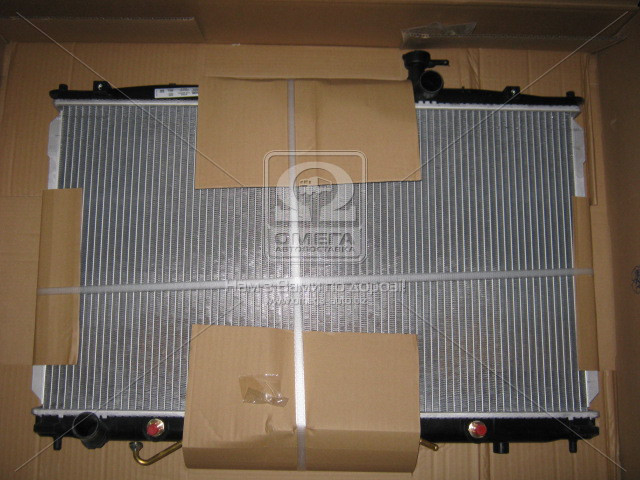 Радиатор охлаждения HYUNDAI Santa Fe II (CM) (пр-во Nissens). 67505
