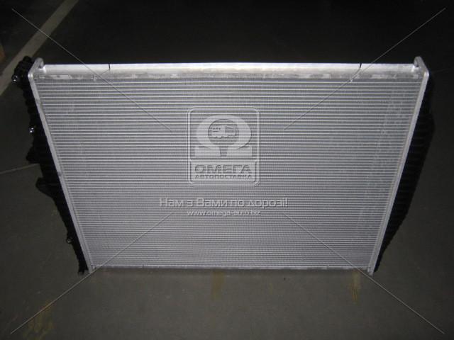 Радиатор охлаждения FM-12 (98-) (пр-во Nissens). 654630