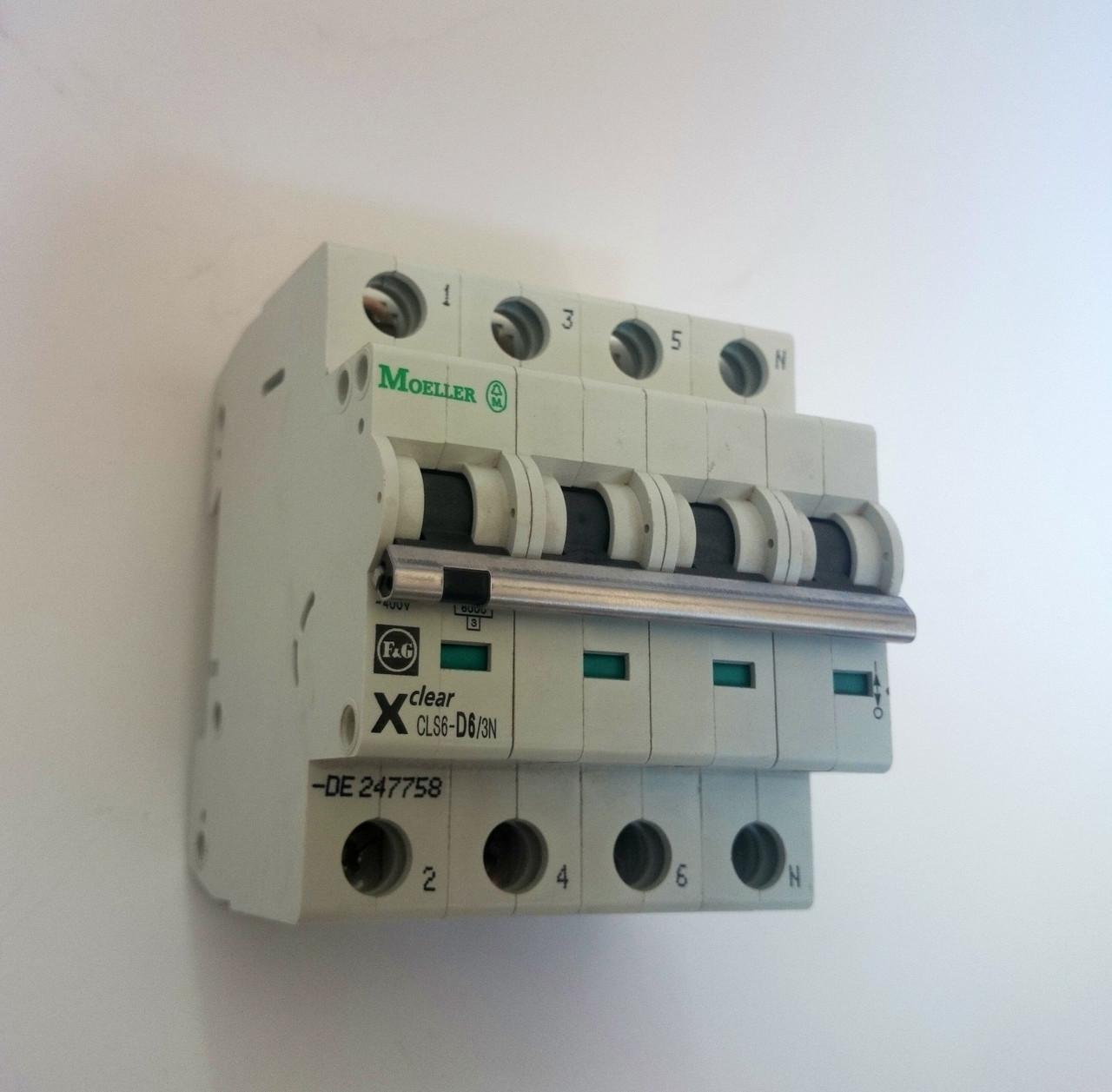 Автоматический выключатель In=6 А, 4п, D, 6 kA  CLS6-D6/3N (PL6-D6/3N) _Moeller-SALE