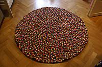 Купить ковер из шерстяных разноцветных шариков в Киеве, фото 1