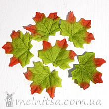 Лист клена 8 см, красно-зеленый