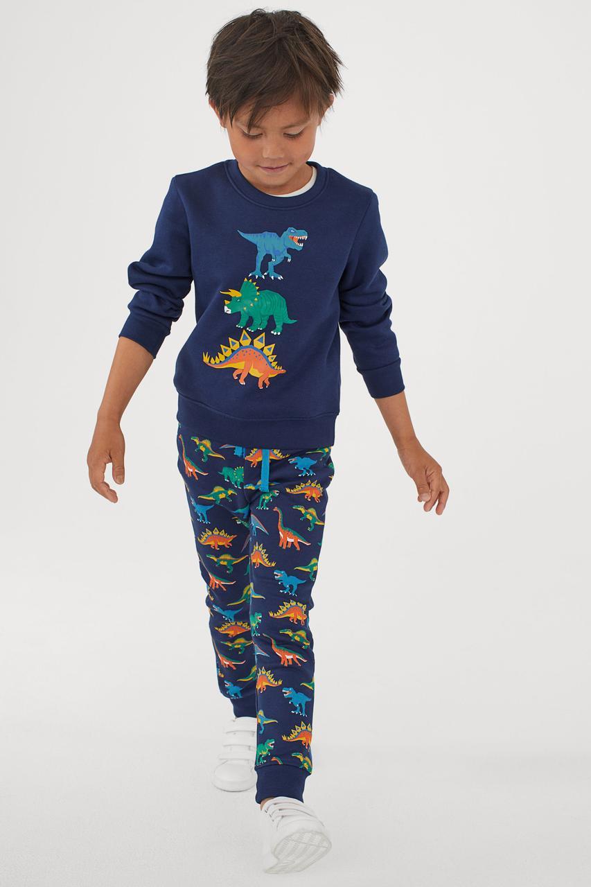 Спортивный костюм с динозаврами для мальчика H&M Швеция Размер 110-116