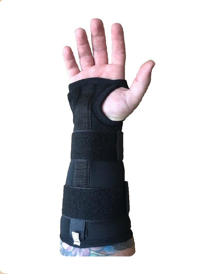 Бандаж на лучезапястный сустав с ребром жесткости медицинский эластичный воздухопроницаемый увеличенный