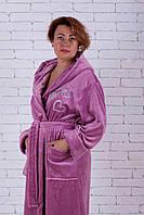 Женский длинный однотонный махровый халат с капюшоном ПУДРА, L