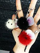 Новогодний сувенир брелок - помпон, подвеска. Мышонок, натуральный мех норки