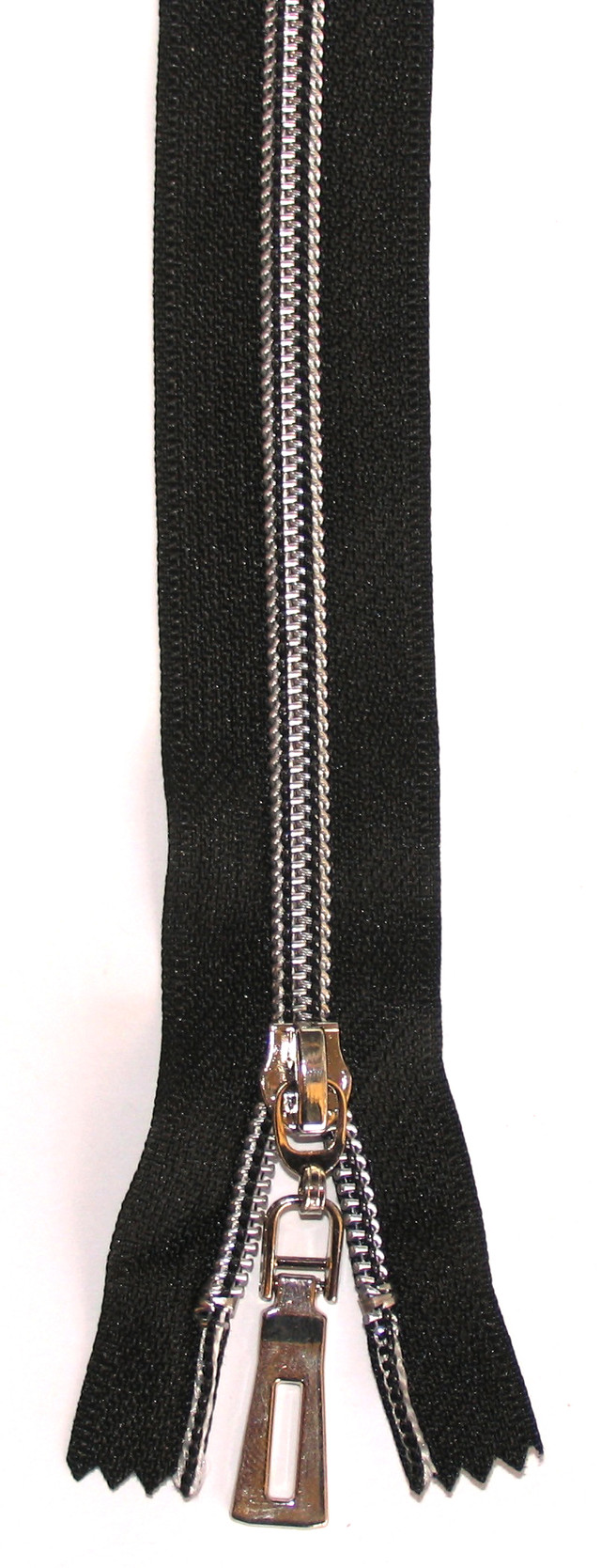 сильвер центральная №7 змейка молния серебрянная на черном 65см