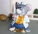 Копилка мышка врач 10*15*9 см Гранд Презент 026 A 030C, фото 3