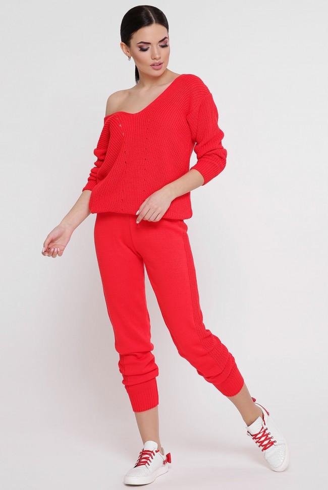 Стильный красный женский вязаный костюм-двойка: свободная кофта и штаны на манжетах