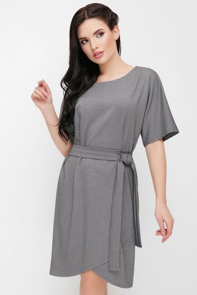 """Нарядное однотонное короткое платье с пояском на талии """"Daniela"""" и шорокими рукавами серое"""