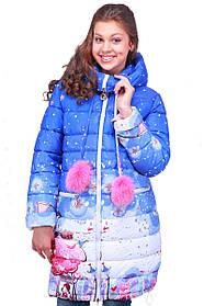 Яркая зимняя куртка на девочку