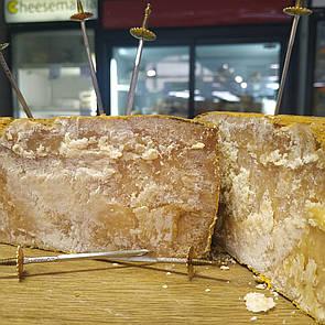 Сир твердий козиний виртиманий типу Грюєр 100г Амалфея
