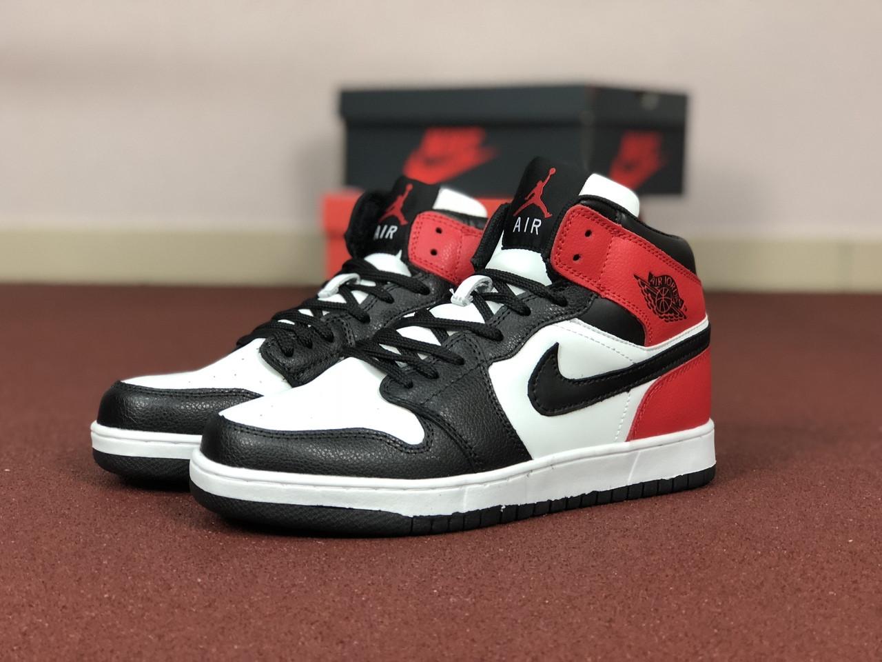 Мужские кроссовки Nike Air Jordan 1 Retro,белые с черным