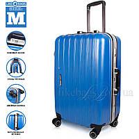 Современный синий чемодан пластиковый, синий