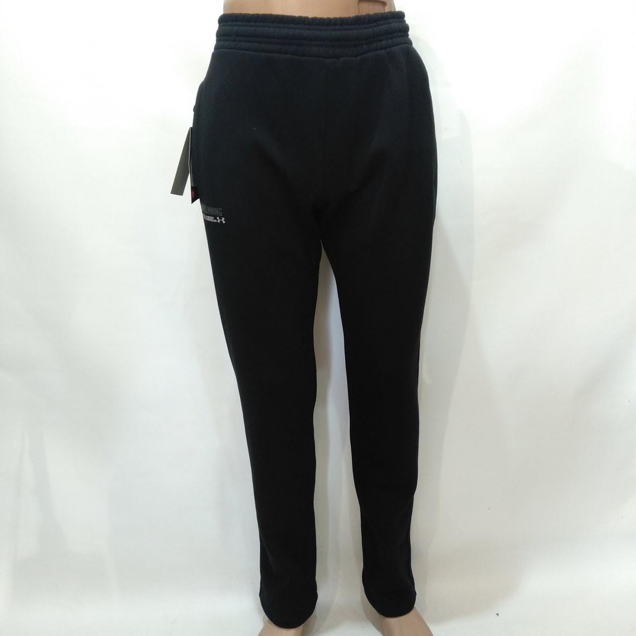 Спортивные штаны теплые Under Armour прямые, зауженные / флис