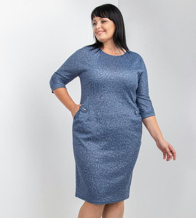 фотография женское платье голубого цвета с укороченными рукавами