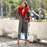 Женское пальто с меховой отделкой
