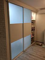 Межкомнатные раздвижные двери купе белые сатин