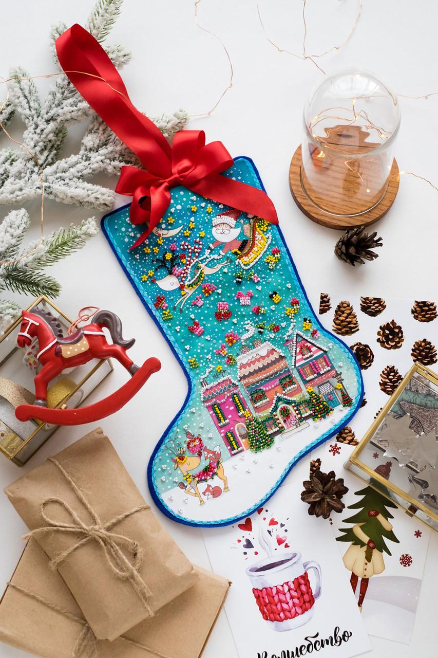 Набор для вышивки новогоднего сапожка Чудеса