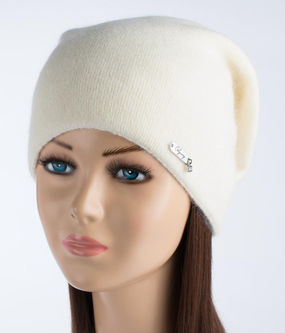 Красивая женская шапочка Альбина молочная