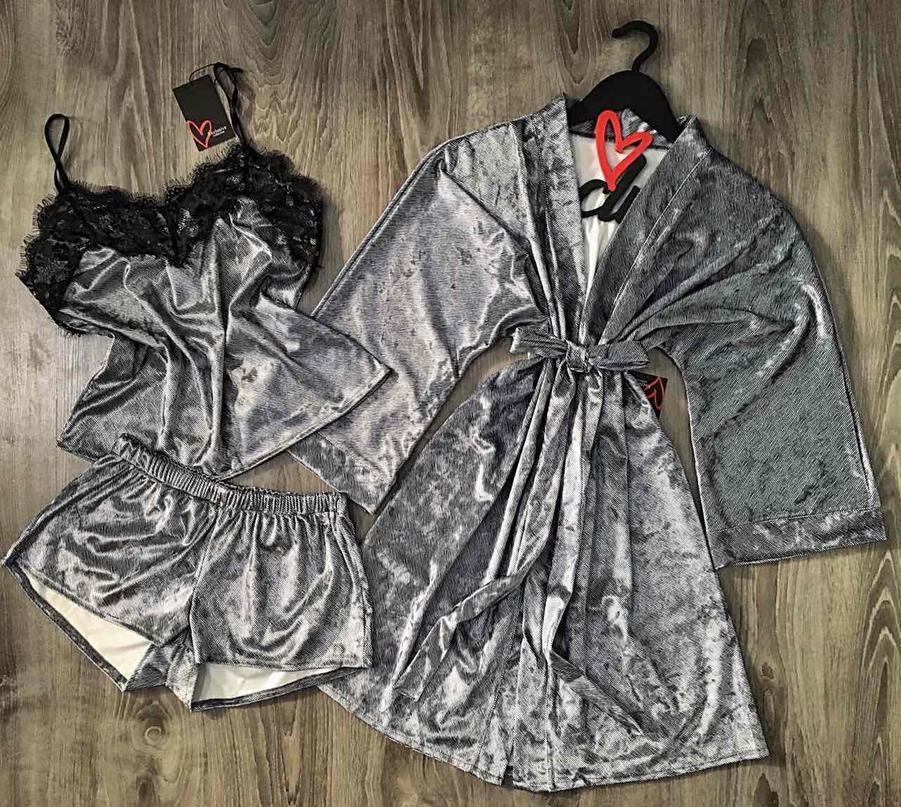 Велюровая домашняя одежда, комплект халат и пижама.