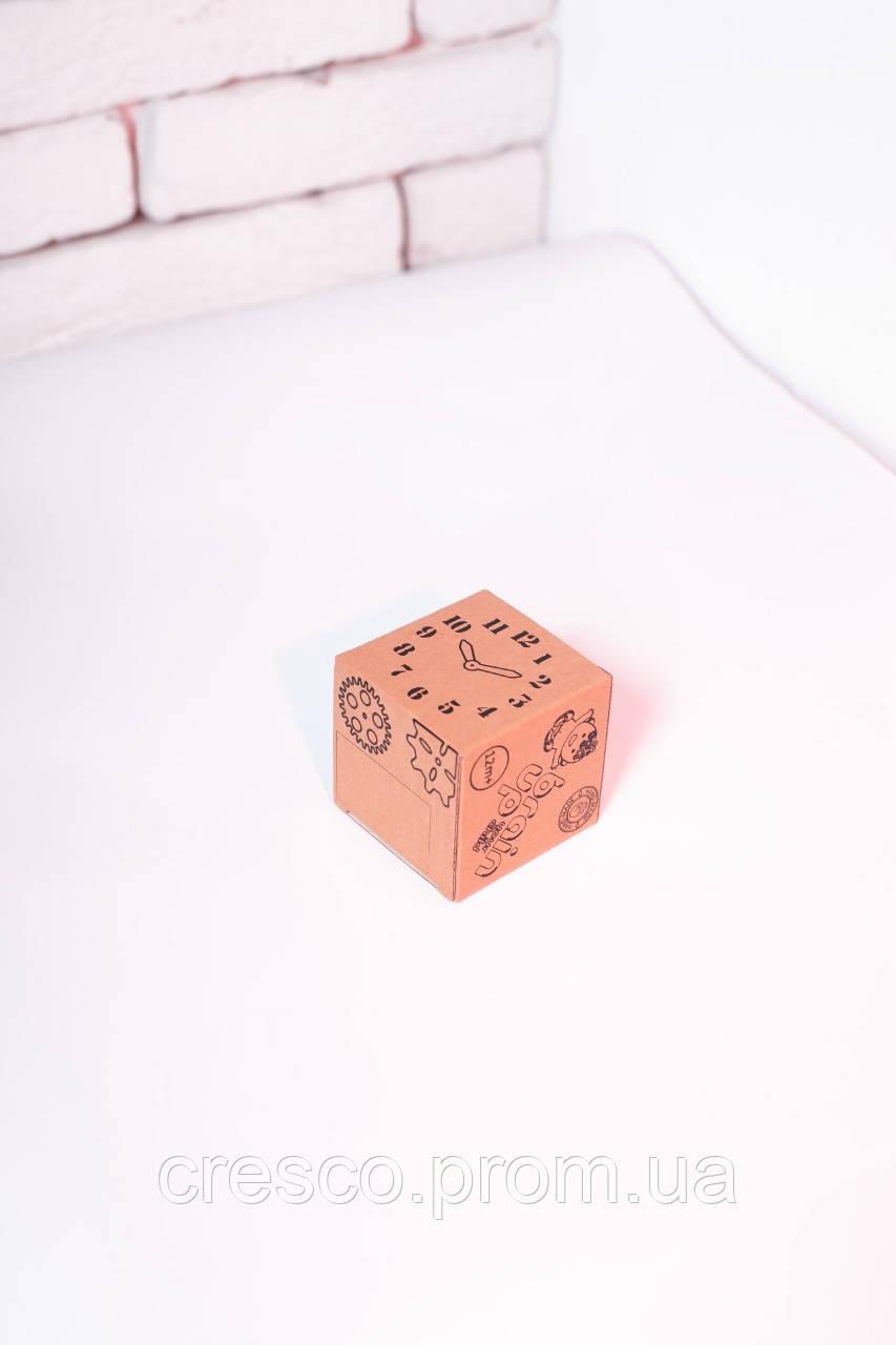 Коробка Мленкий куб. Эко-коробка куб